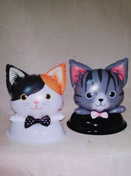 画像1: 手作りバルーン席札出来ます。人気の猫でウエディング席札にゃんこ・結婚式・誕生日・イベント (ねこ風船) (1)